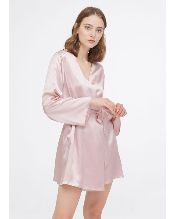 22 Momme Loose Collarless Silk Robe