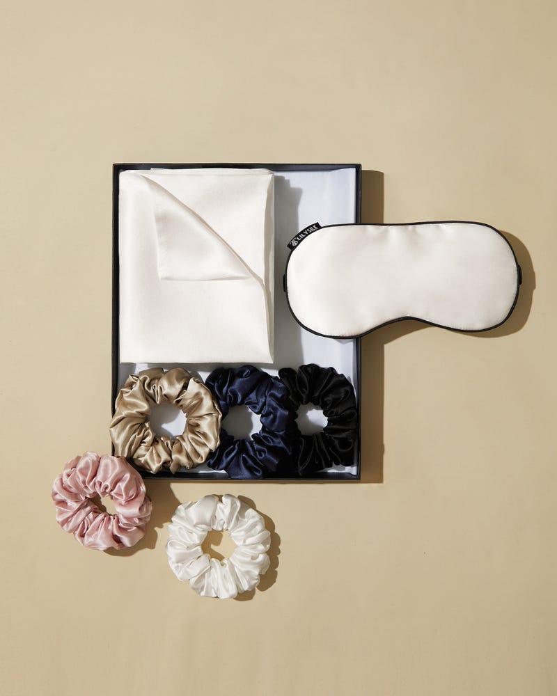 Flounced Silk Night Sleep Caps
