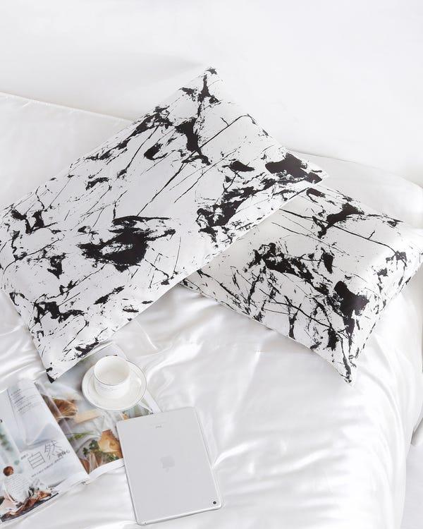 19 Momme Marbling Print Silk Envelope Pillowcase-hover
