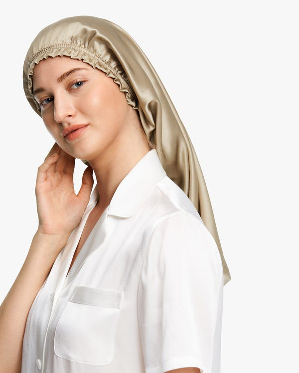 Elegant Night Silk Bonnet-hover