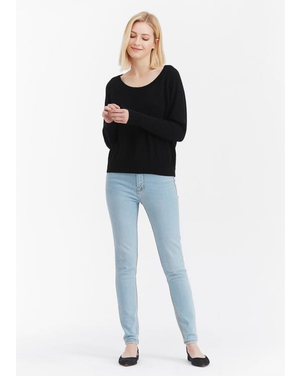 Casual Scoop Neck Cashmere Sweater-hover