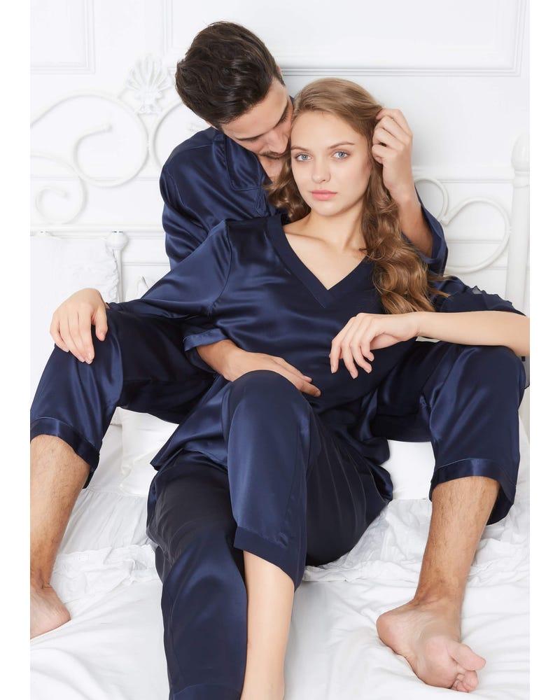 22 Momme Romantiska Siden Par Pyjamas