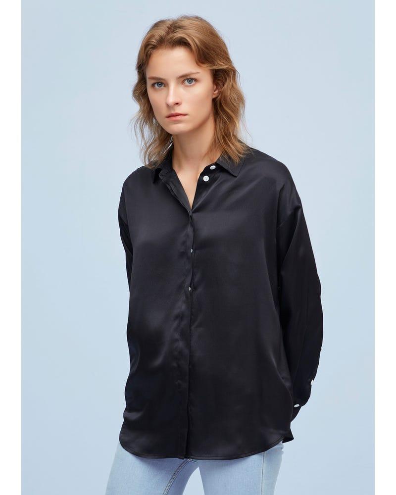 Elegant Och Avslappnad Passform Silkeskjorta