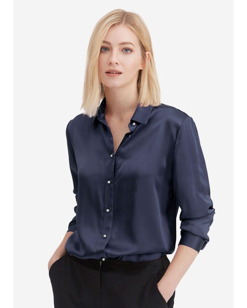 Klassisk Pärlknappsilkskjorta