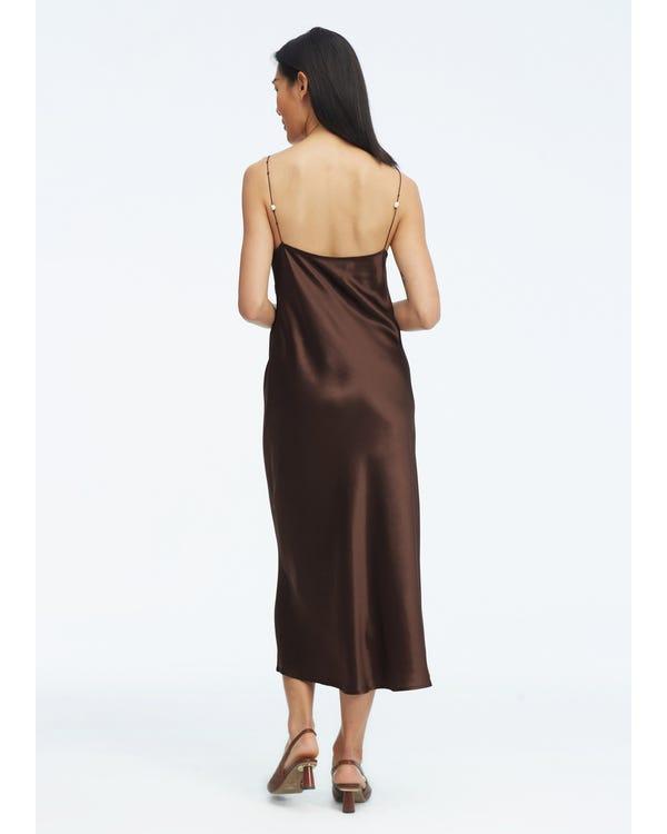 Elegant V-hals Silkeklänning Med Pärla